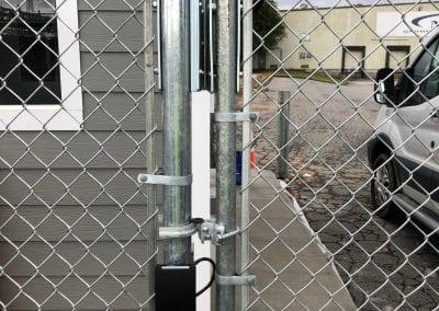 Man Gate