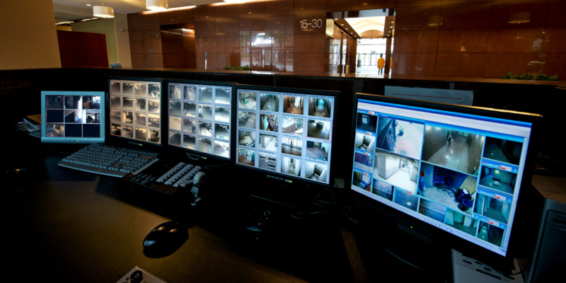 list of the key features of effective commercial security systems